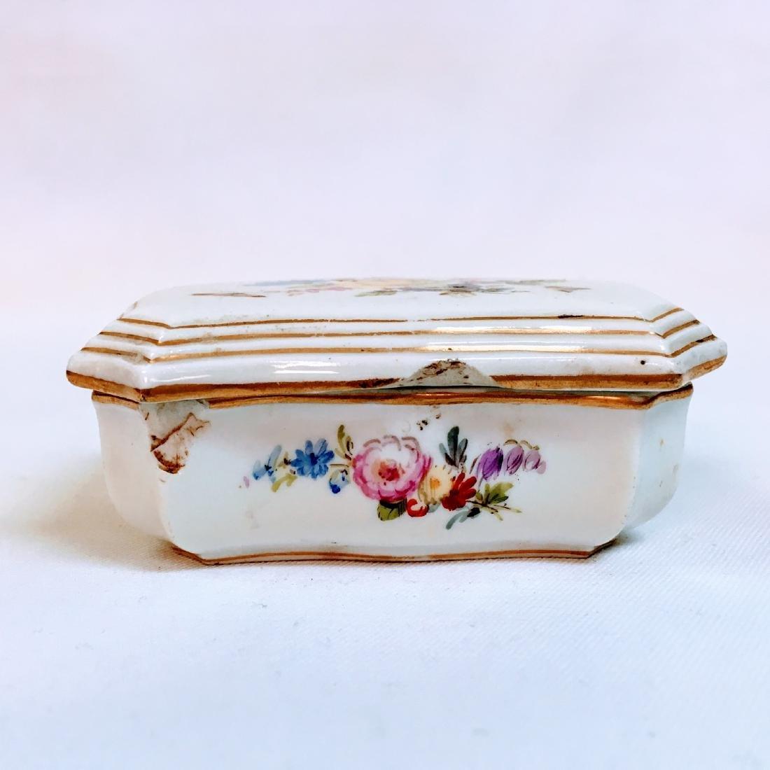 Vintage porcelain meissen hand painted trinket box - 2