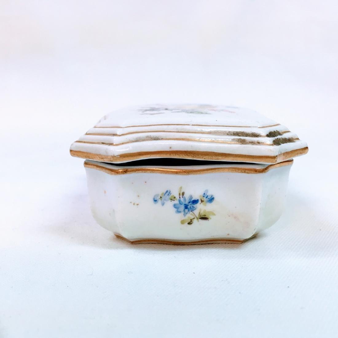 Vintage porcelain meissen hand painted trinket box - 5