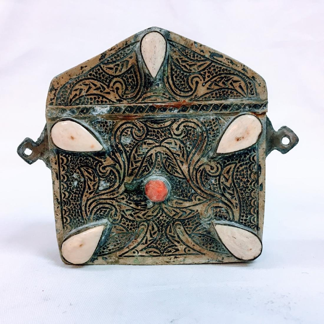 Old Tibet Hand carved Waist box