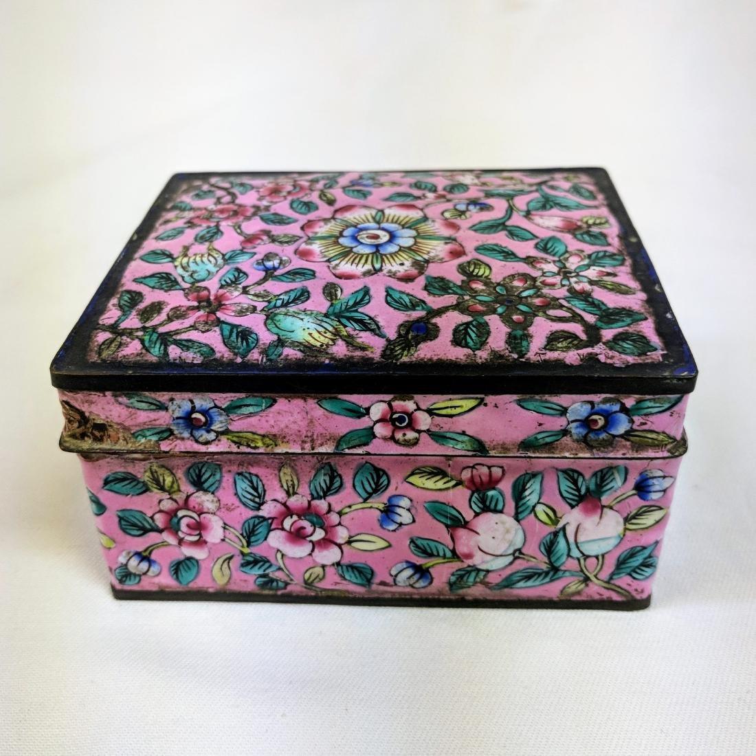 Antique Chinese Enamel Cloisonné pink  Box