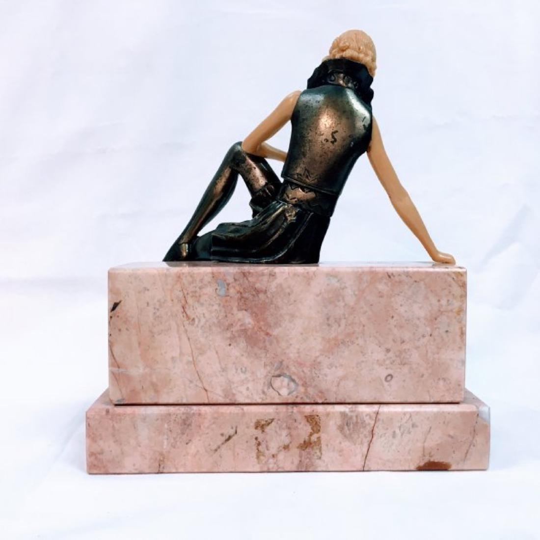 GIRL ON THE WALL': AN ART DECO FIGURE - 3