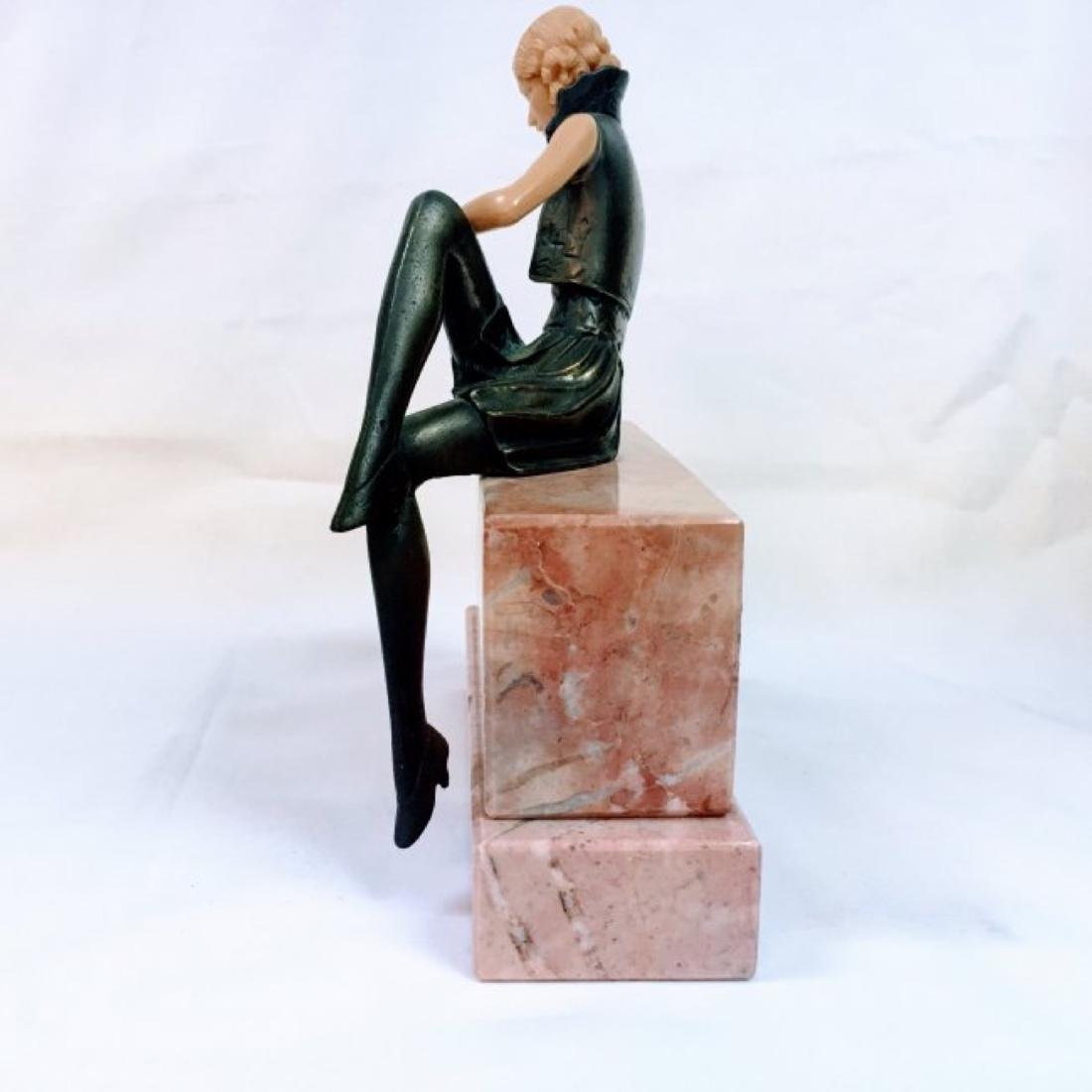 GIRL ON THE WALL': AN ART DECO FIGURE - 4