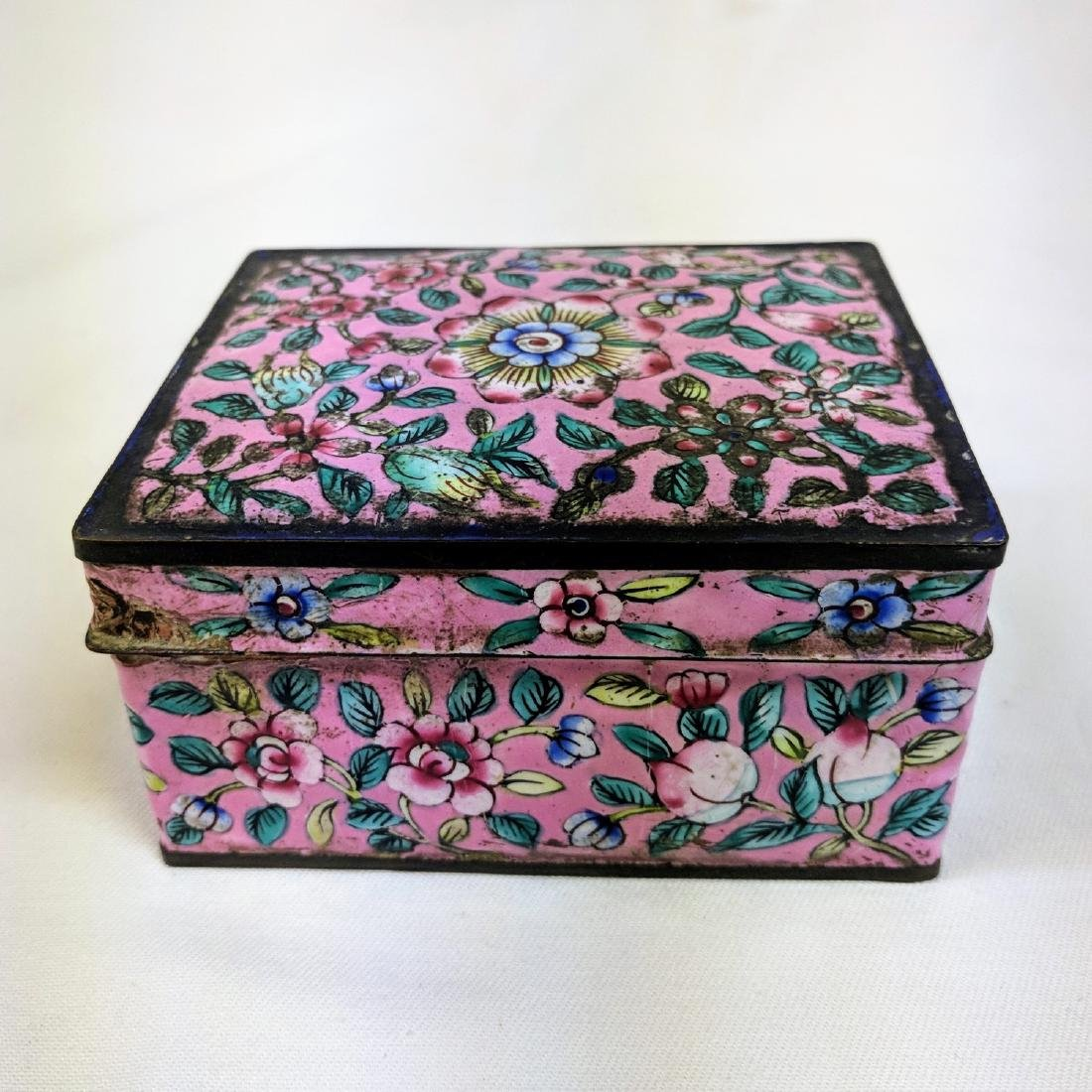 Antique Chinese Enamel Cloisonné pink  Box