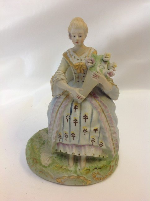 MADE IN OCCUPIED JAPAN FIGURINE -LADY