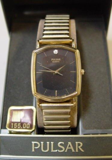 24: Mens Pulsar Wrist Watch