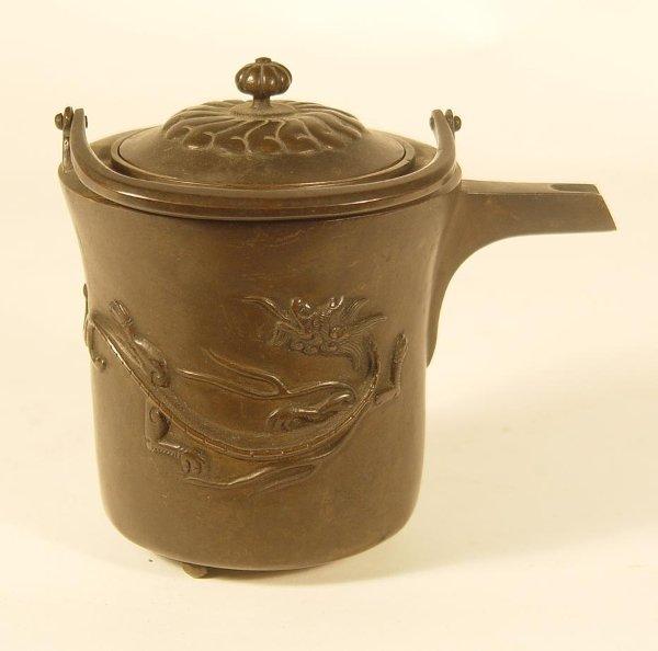 3016: Bronze Saki Pot