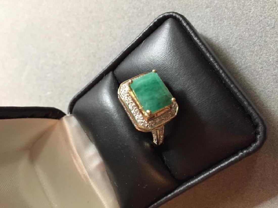5.25ctw Emerald & Diamond 14kt Gold Ring - 4