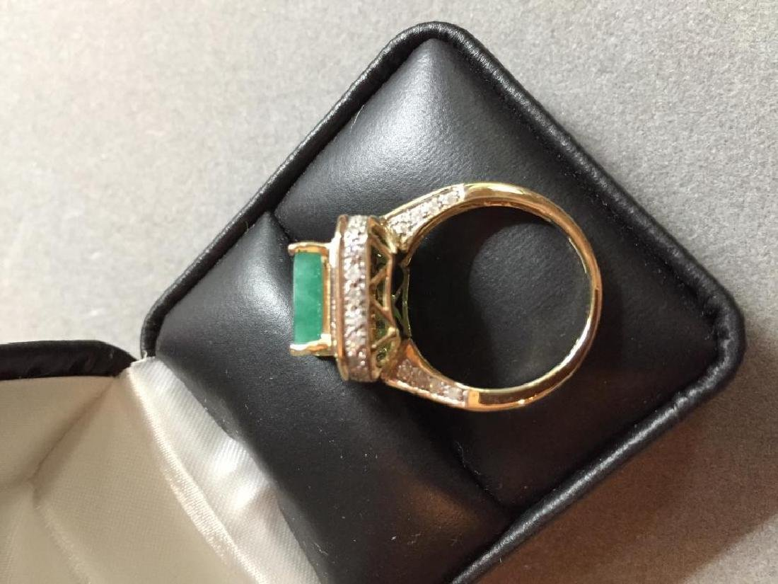 5.25ctw Emerald & Diamond 14kt Gold Ring - 5