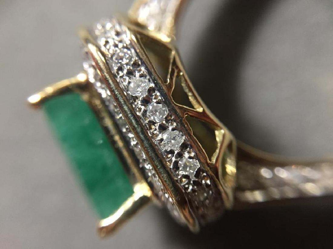 5.25ctw Emerald & Diamond 14kt Gold Ring - 7