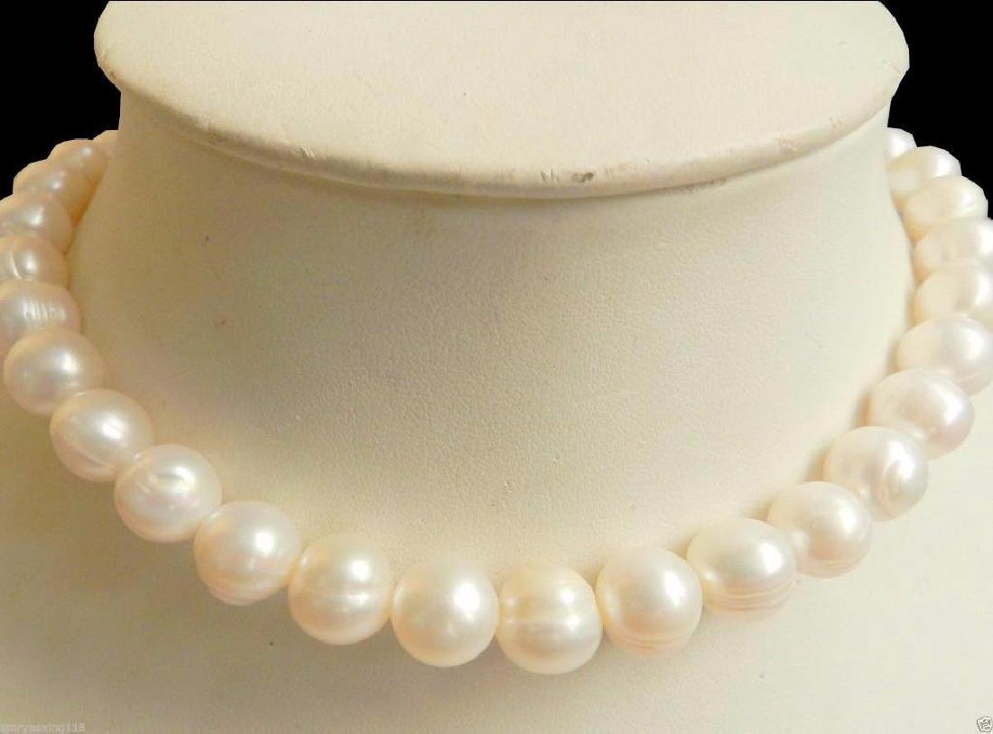 "18"" White Akoya Pearl 14kt Gold Necklace"