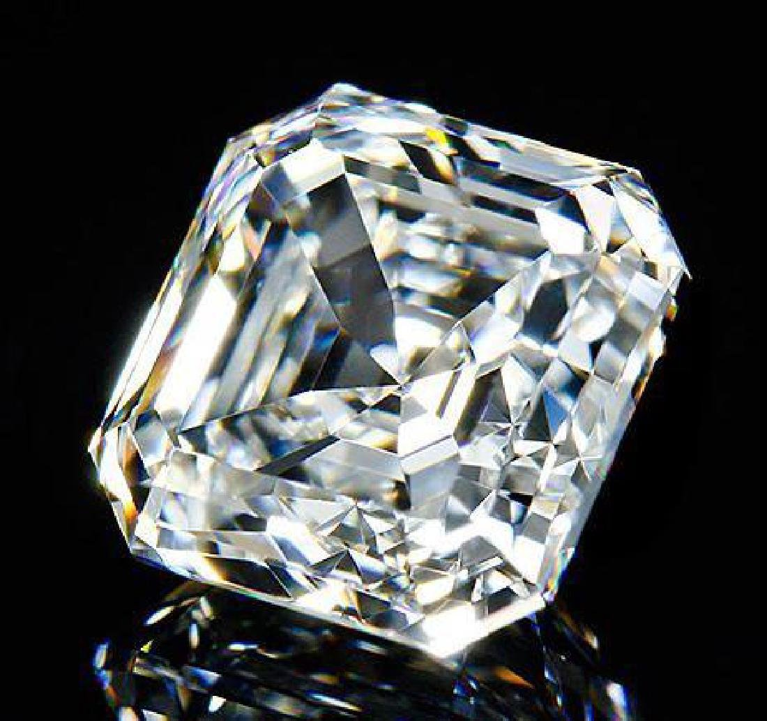 6 ct  Asscher Cut BIANCO Diamond