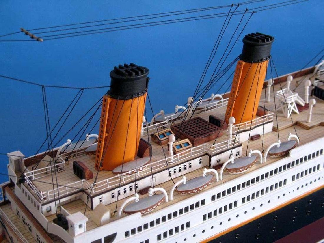 RMS Titanic Model Cruise Ship 40'' - 14