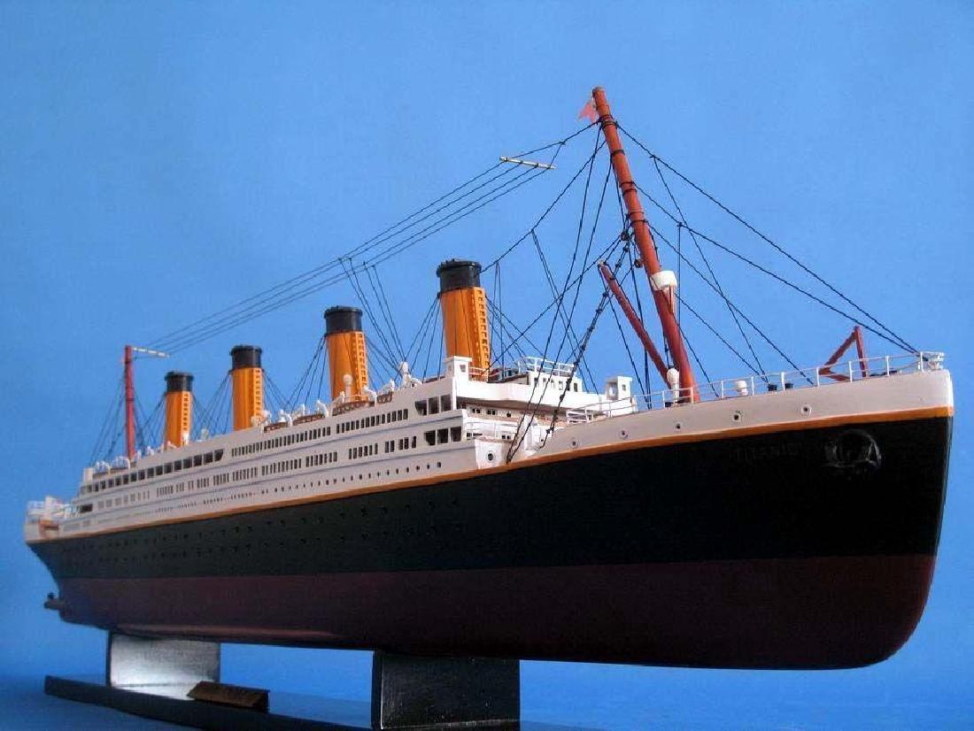 RMS Titanic Model Cruise Ship 40'' - 16