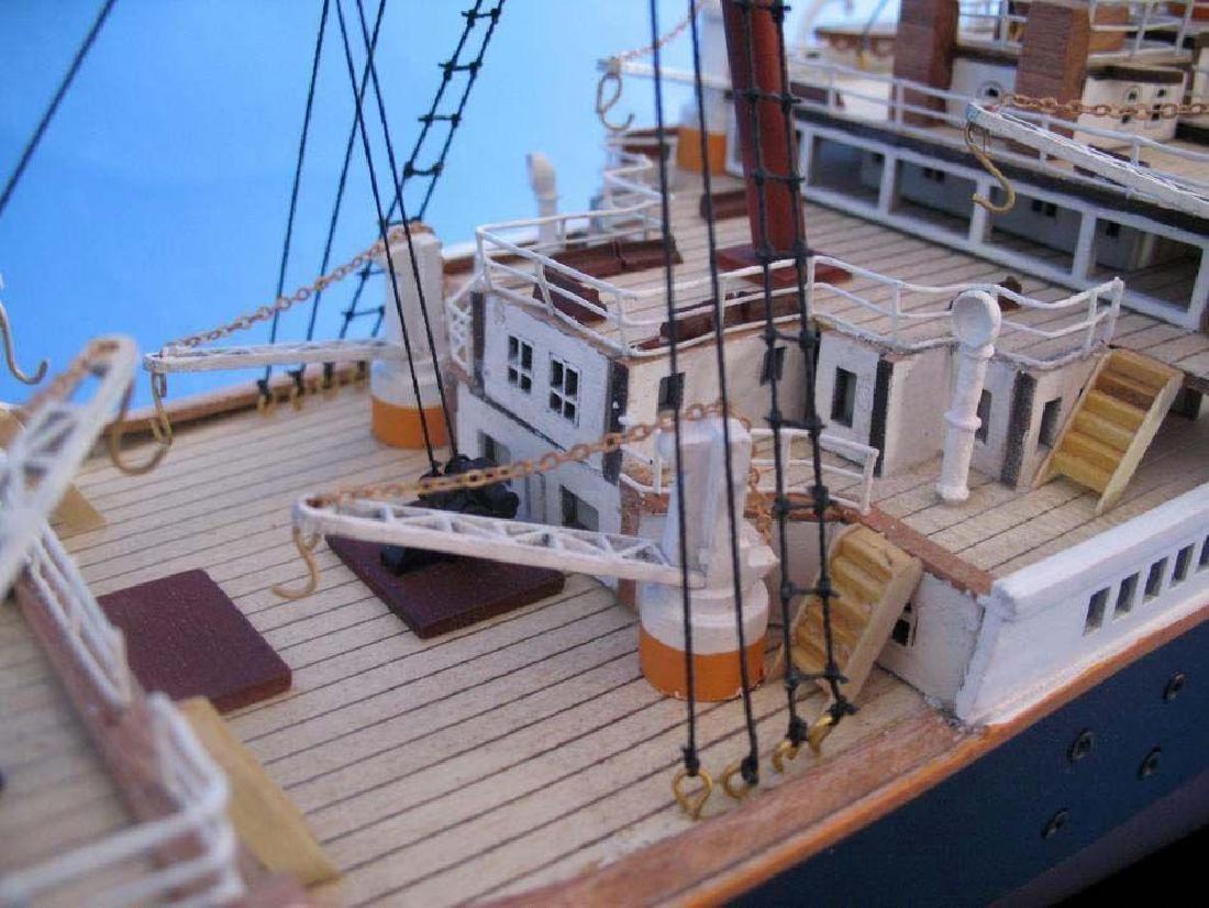 RMS Titanic Model Cruise Ship 40'' - 2