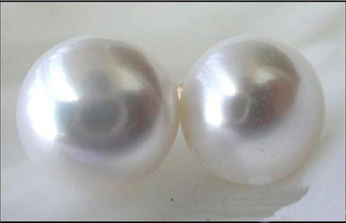 Genuine 13-14mm aaa+++ White South Sea Pearl Earring
