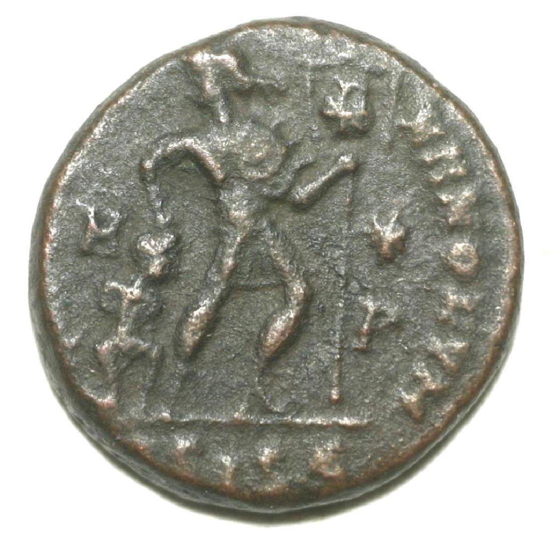 Roman Bronze Coin Follis Valentinianus Gloria Romanorum - 2