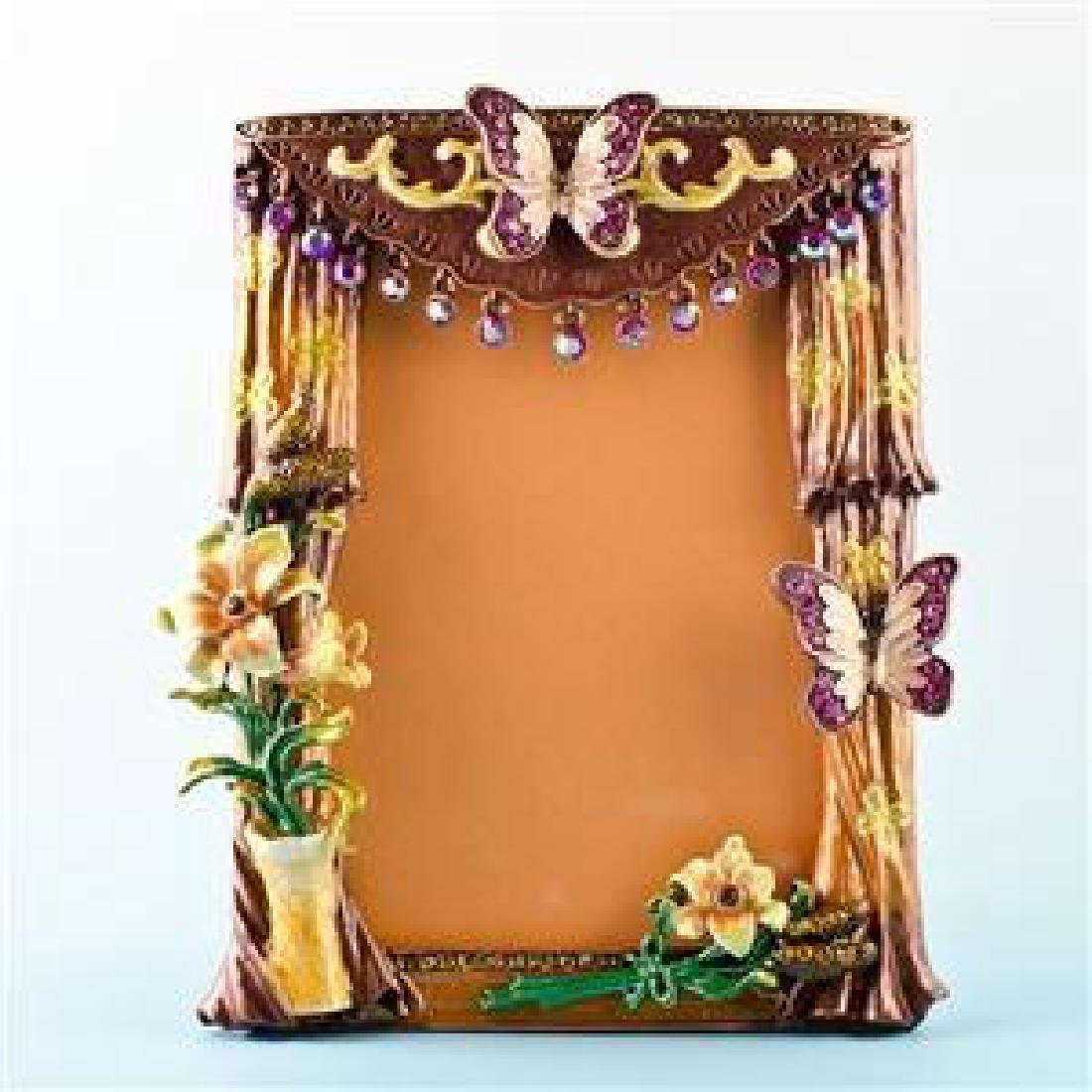 """Faberge Inspired 5.5"""" X 4.5"""" Curtains With Butterfly"""