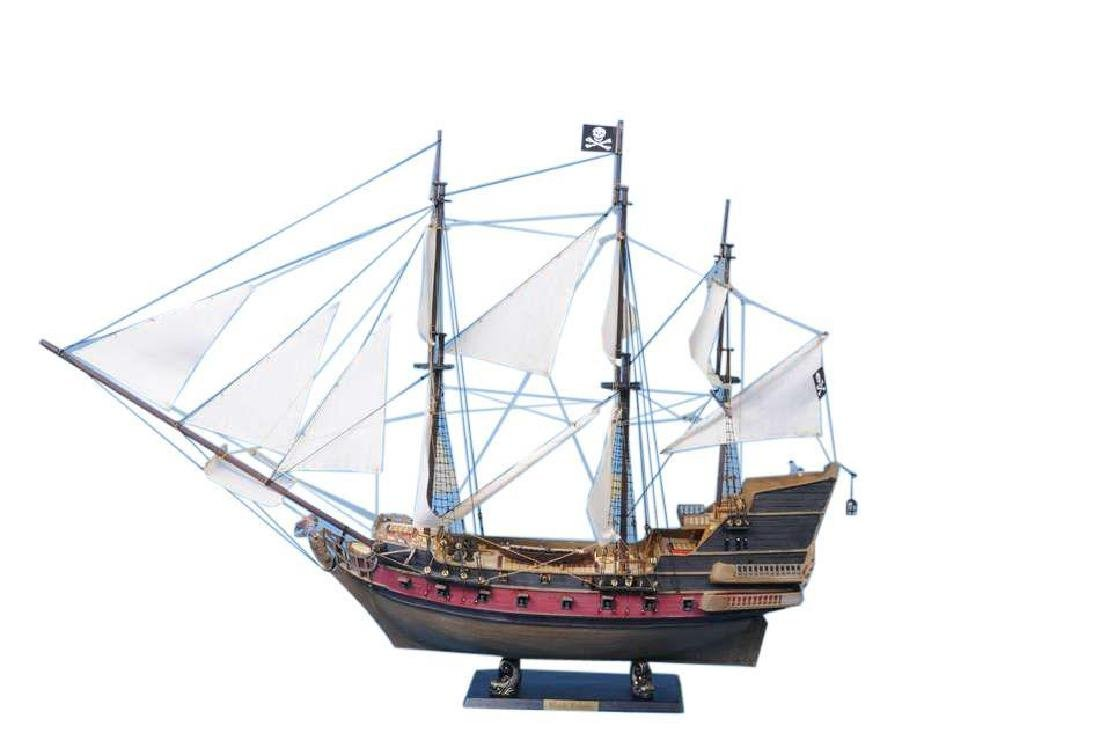 Captain Kidd's Adventure Galley Limited Model Pirate