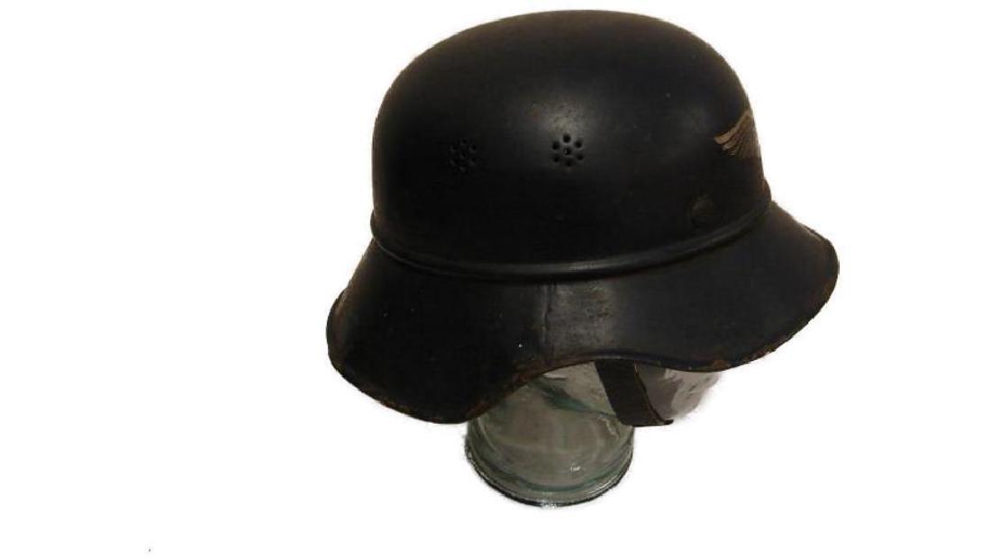 WWII Nazi German Luftschutz Helmet - 4