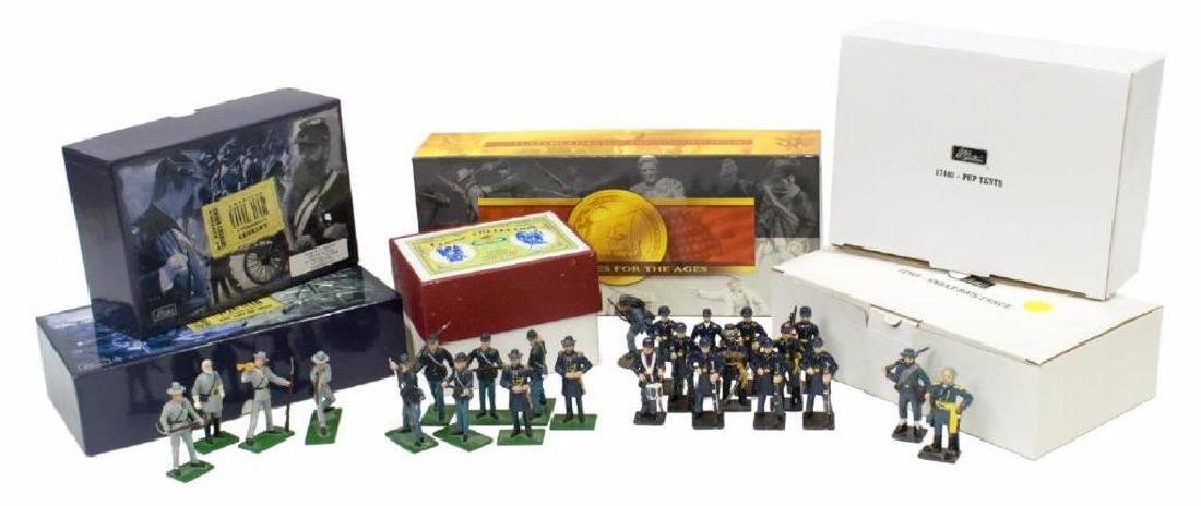 (40) U.s. Civil War Metal Miniature Soldiers