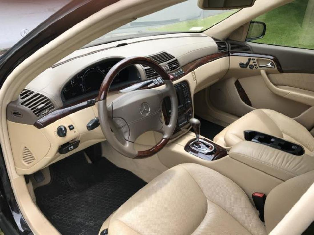Showroom New, Elegant  Mercedes Benz S 600 Sedan. Year - 2