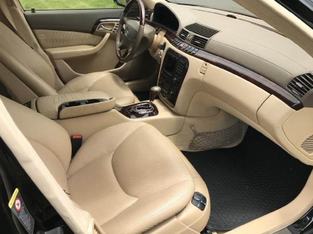 Showroom New, Elegant  Mercedes Benz S 600 Sedan. Year - 6