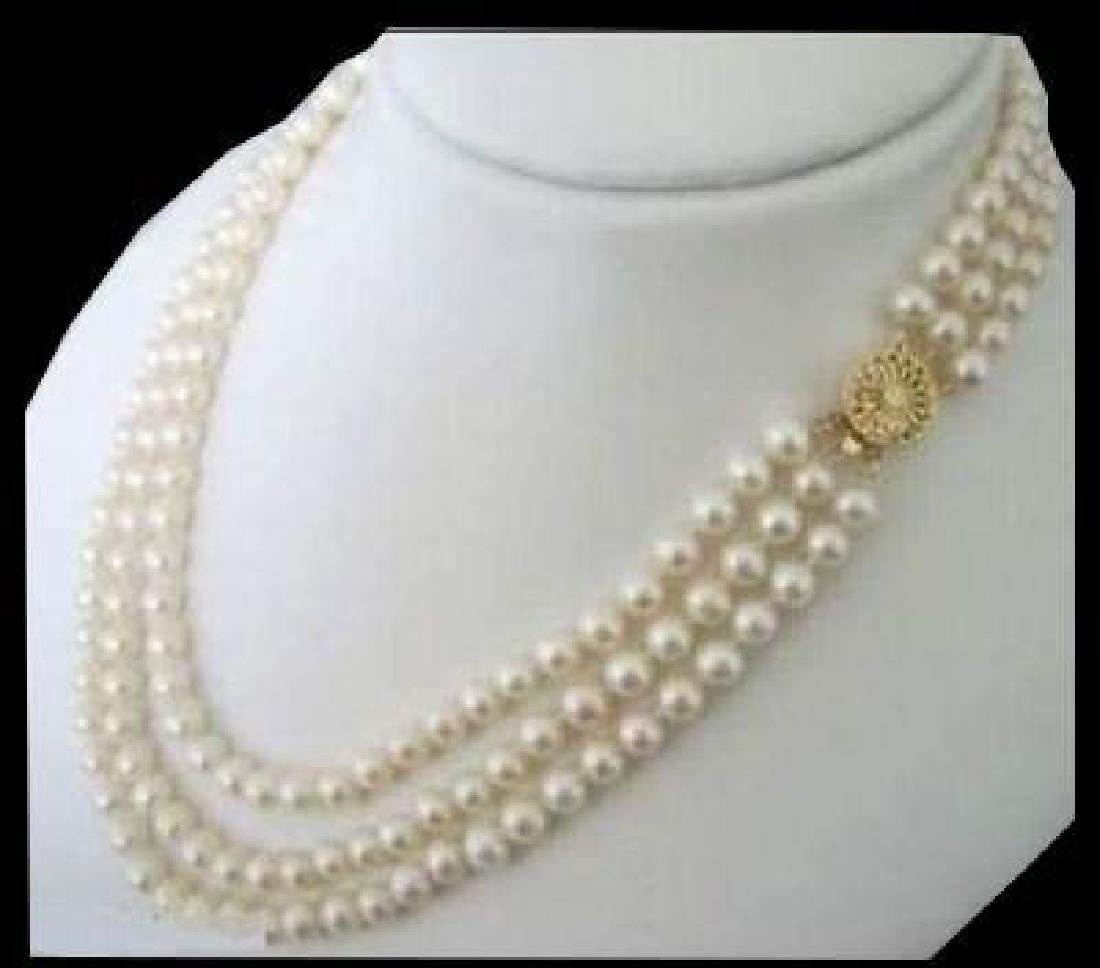 Triple Strands Strands South Sea White Pearl Necklace .