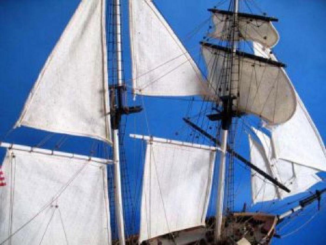 "Wooden Baltimore Clipper Harvey Tall Model Ship 32"" - 4"