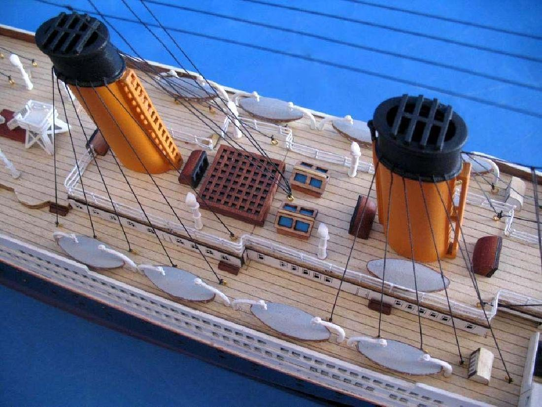 RMS Titanic Model Cruise Ship 40'' - 11