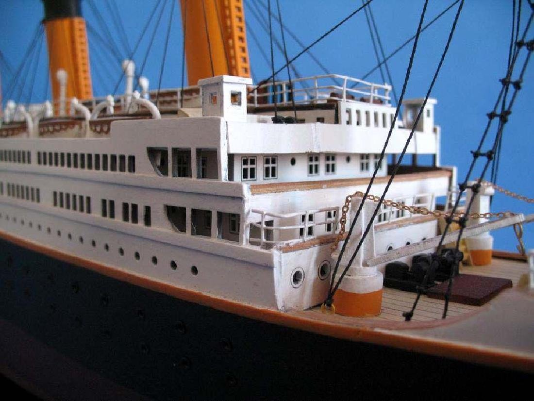 RMS Titanic Model Cruise Ship 40'' - 5