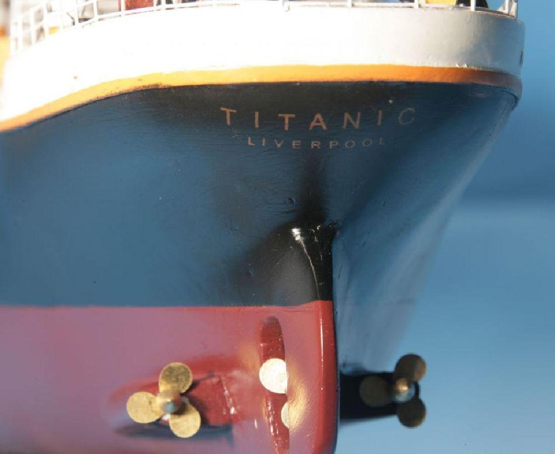 RMS Titanic Model Cruise Ship 40'' - 7