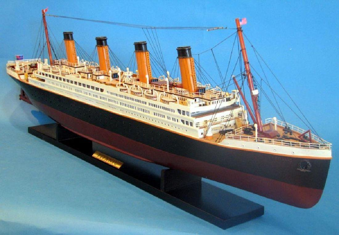 RMS Titanic Model Cruise Ship 40'' - 9