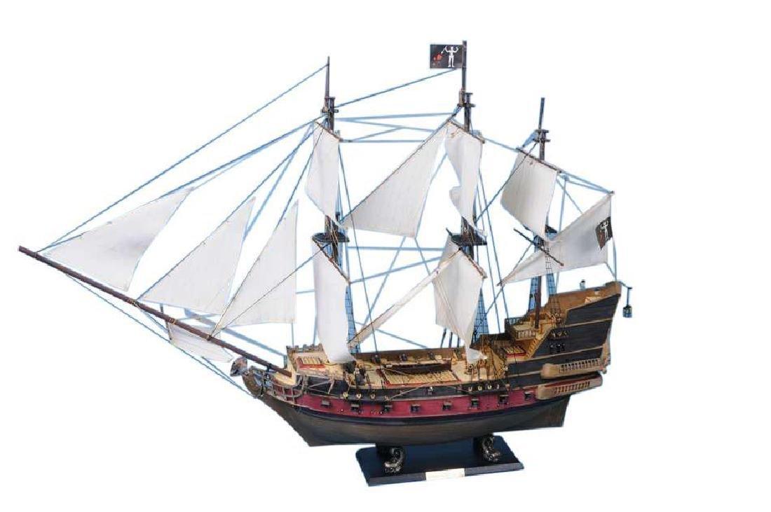 """Blackbeard's Queen Anne's Revenge Model Pirate Ship 36"""""""