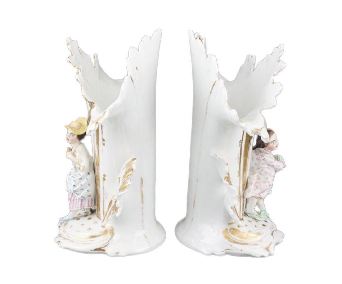 Pair of mid 19thc French Porcelain Flair Vases - 2