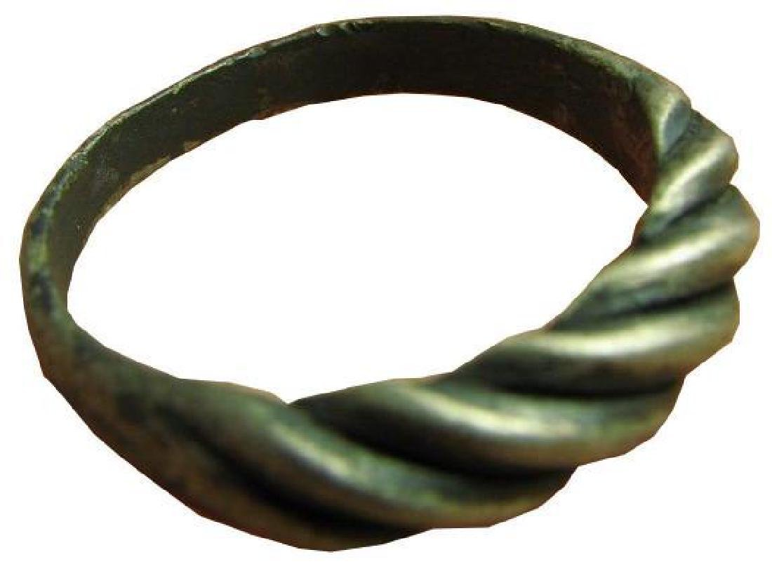 """Vintage """"Twisted"""" Sterling Silver Ring"""