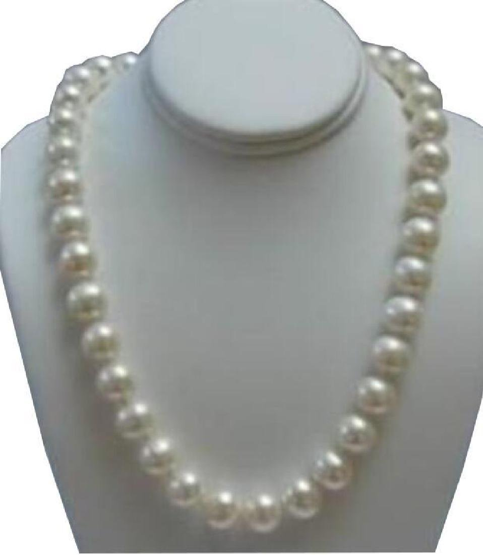 Beautiful 9-10MM White SOUTH SEA Pearl Necklace 18¨