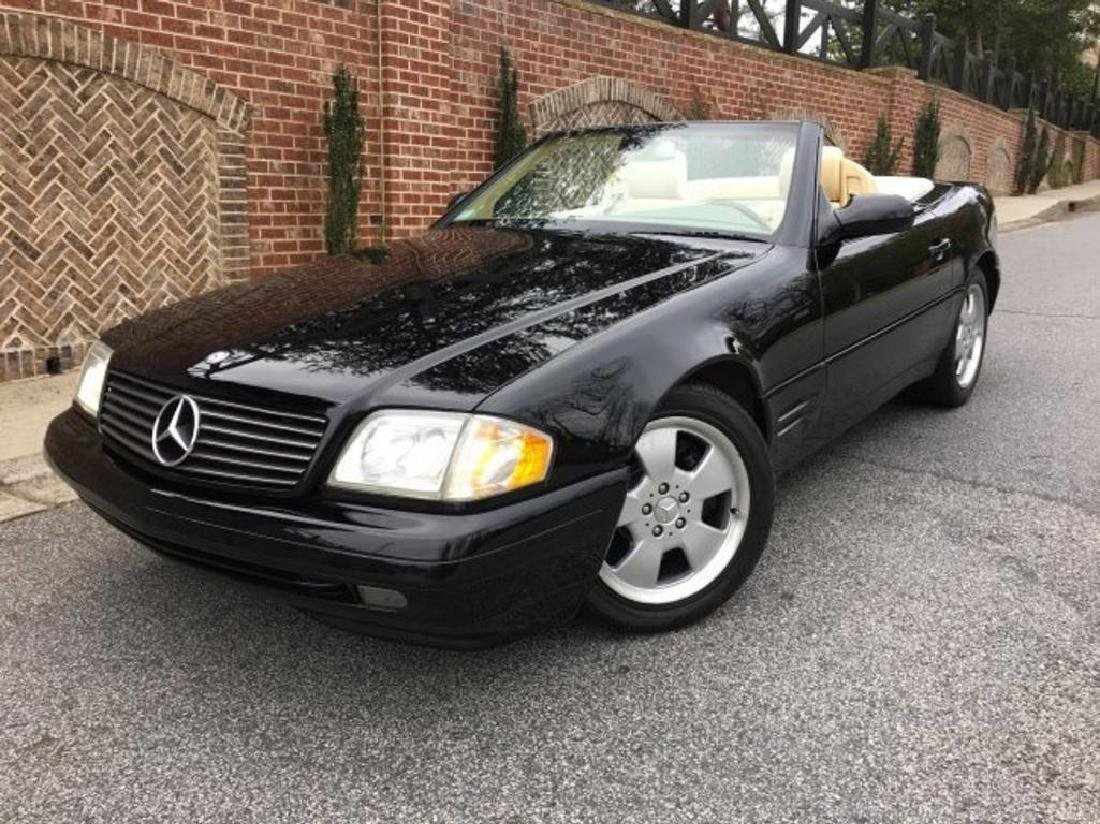 "Fabulous ""Minty"" 1999 Mercedes Benz SL500 Roadster"