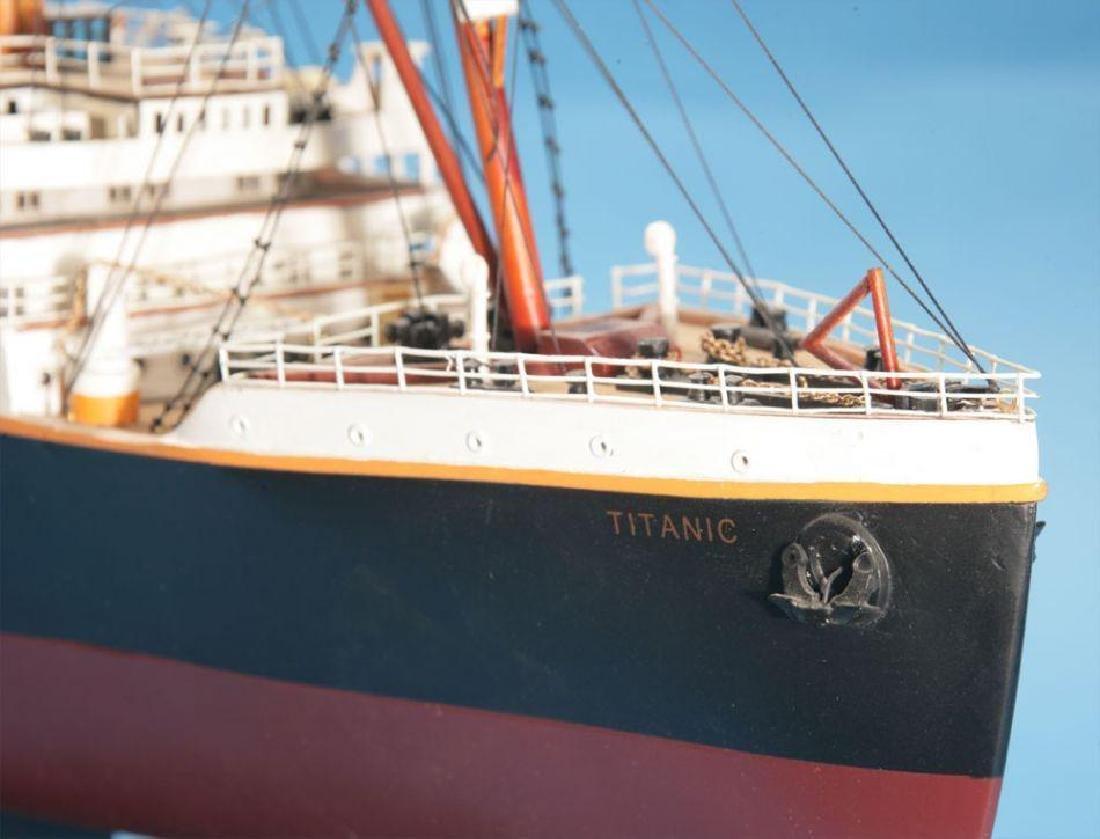 RMS Titanic Model Cruise Ship 40'' - 8