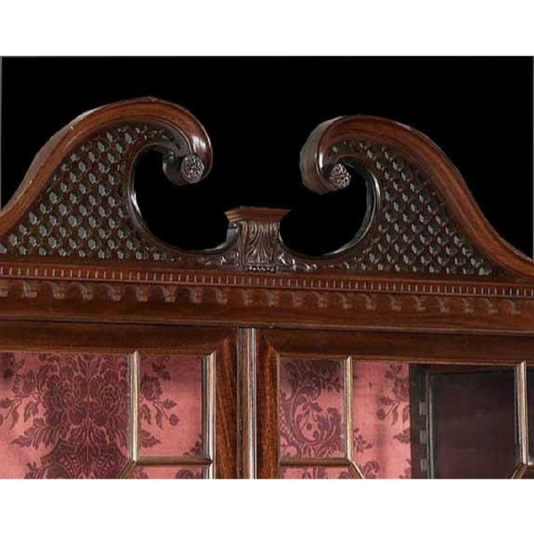 Chippendale-style Mahogany Bookcase Cabinet - 3