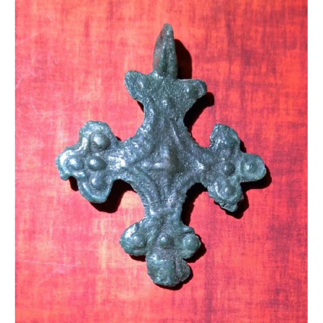 Medieval Period Bronze Cross Pendant. - 3
