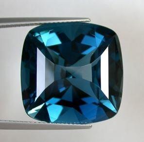 V V S 1 LONDON BLUE TOPAZ 38.90c carat