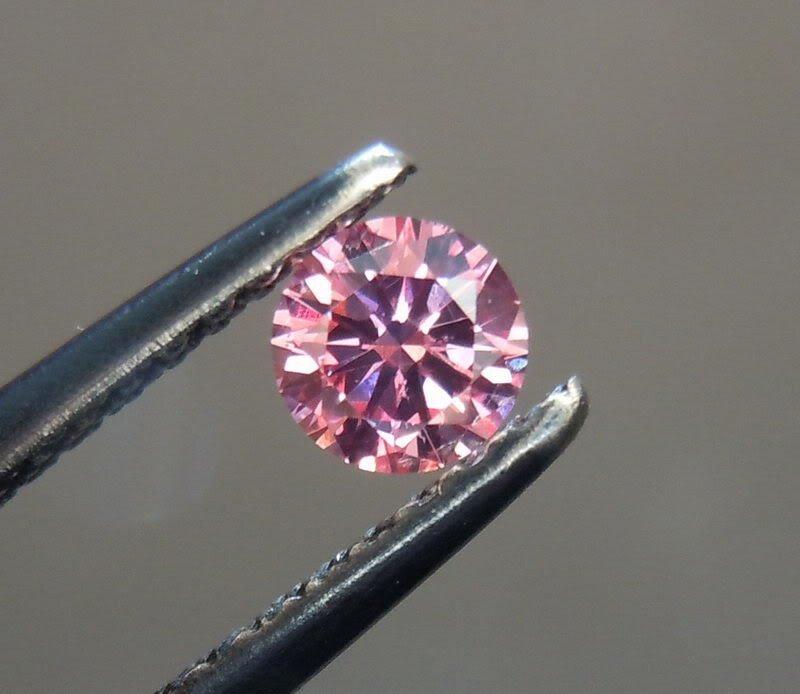 Bianco 2 carat Round Brilliant Cut Diamond