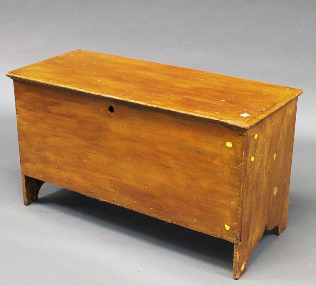 Rare Grain-painted Six-board Pine Blanket Box