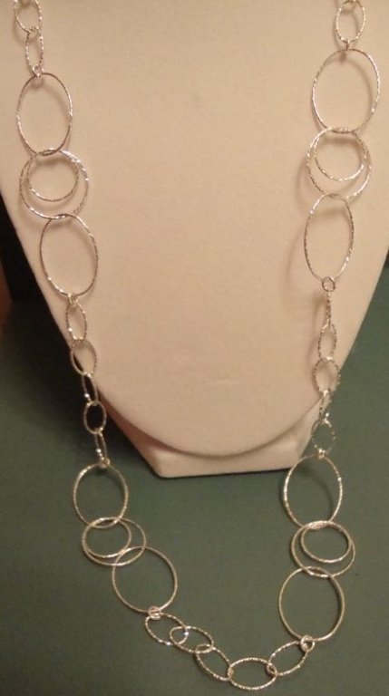 Attractive Sterling Silver Textured Necklace