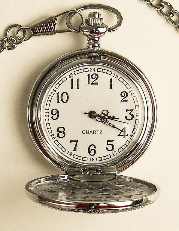Men's Pocket Watch W/carved Stainless Steel Case