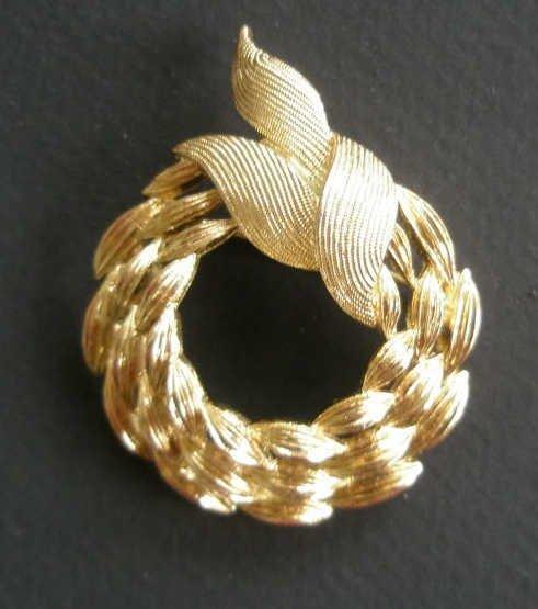 Monet Pin, Brooch Gold-tone Wreath Costume Jewelry