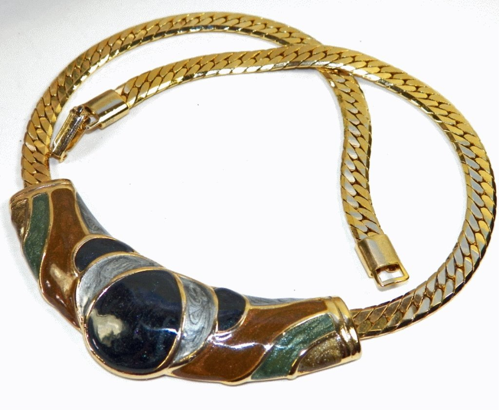 Vintage 80s Style Enamel and Gold Tone Necklace