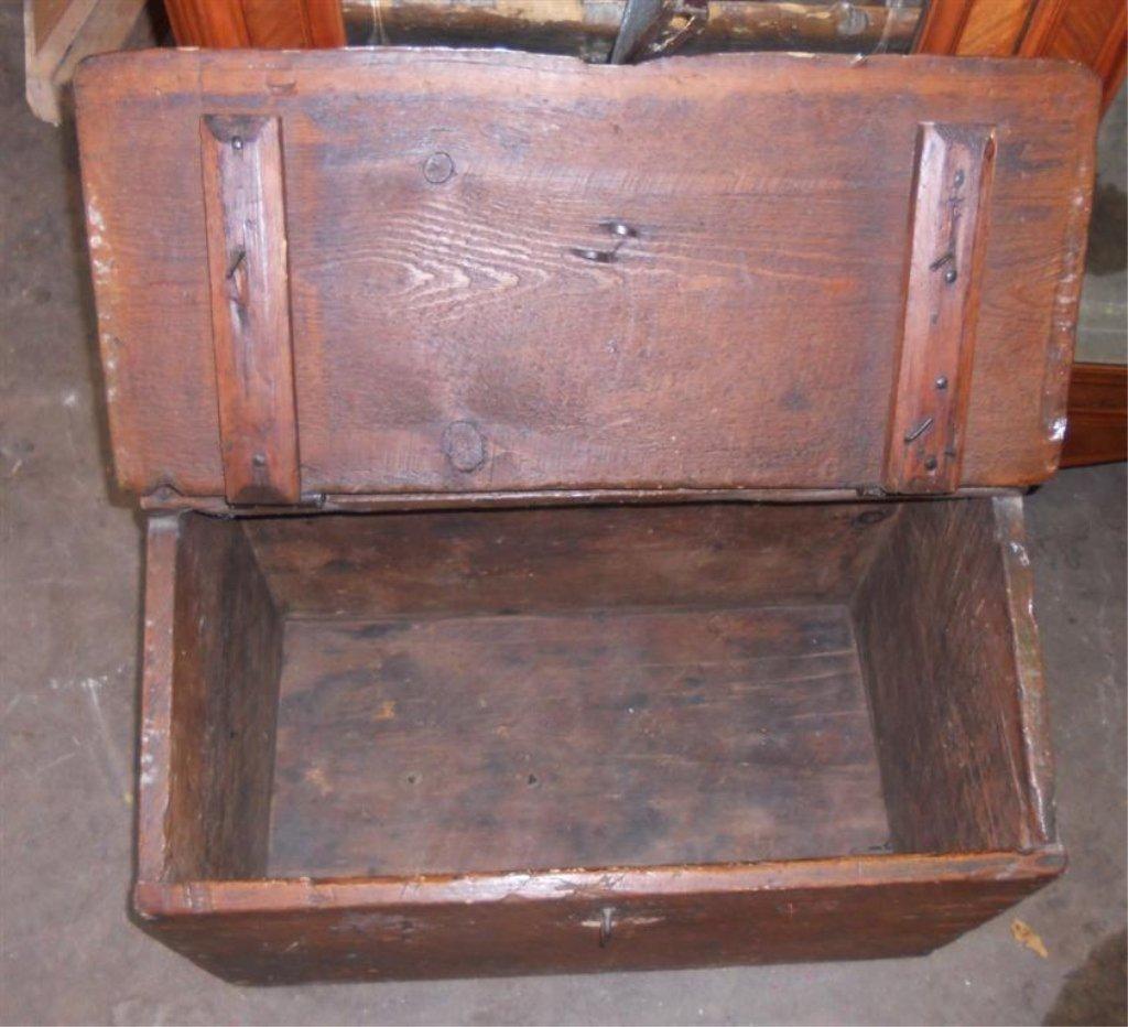 Wooden Civil War-era Trunk, Foot Locker. - 3