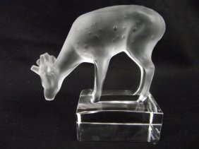 Authentic Lalique France, Frosted Deer Figurine