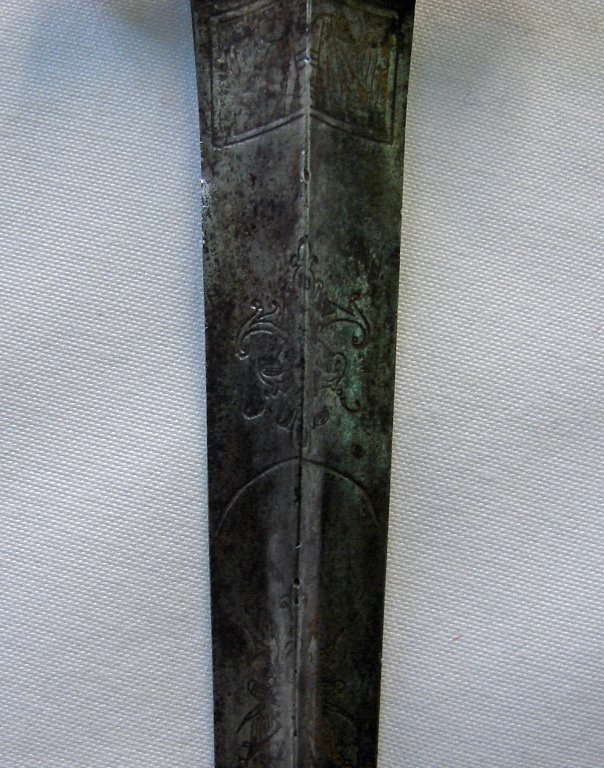 Early 17th Century Continental Armor Piercing Dirk - 5